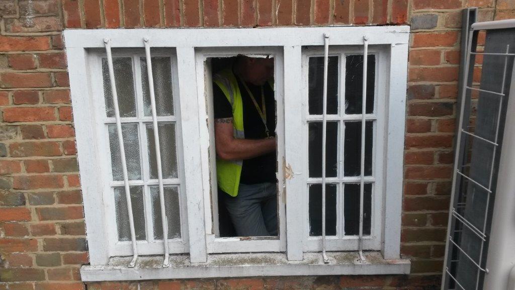 Bewllis Jewellers Old Window