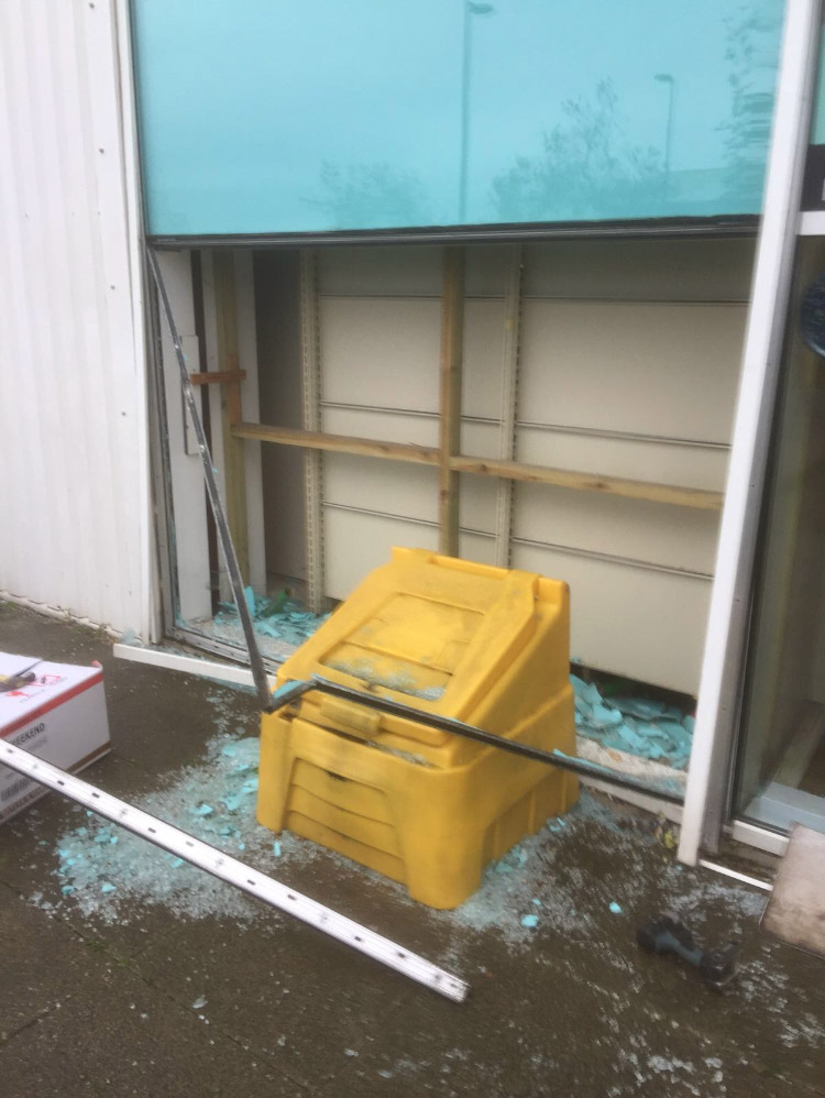 Lloyds Pharmacy Emergency Call-out