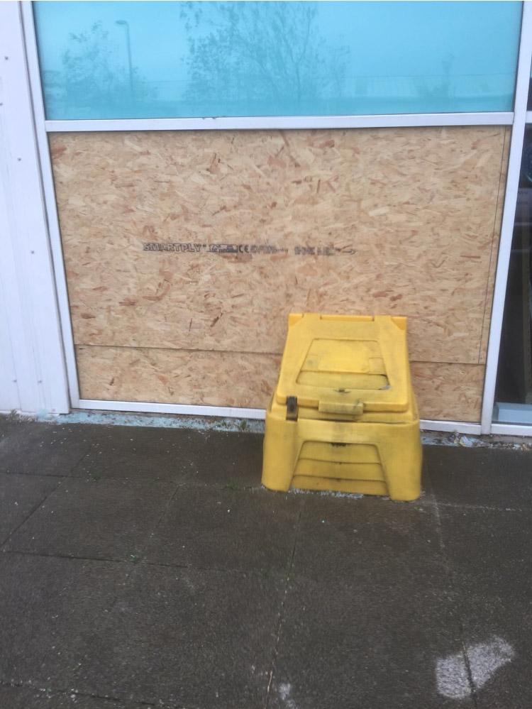 Lloyds Pharmacy Replacement Window