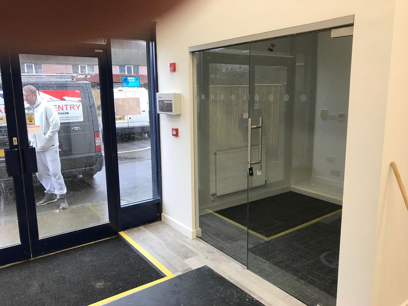 Hydraulic Doors Southampton